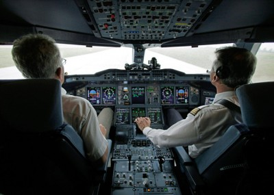 airlinercockpit