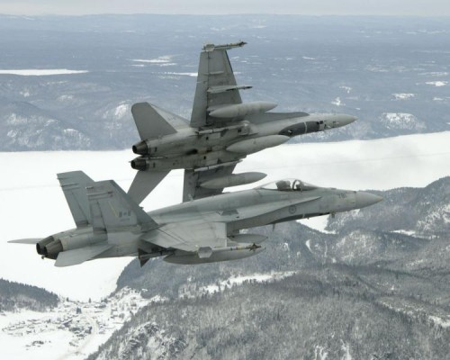 A DND report muddied the waters on replacement of the CF-18 fighter fleet.