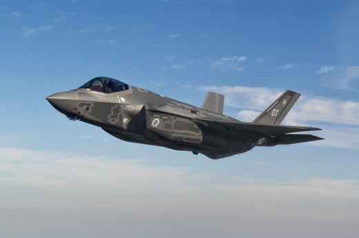 Software and cost issues continue to trouble the F-35 program.