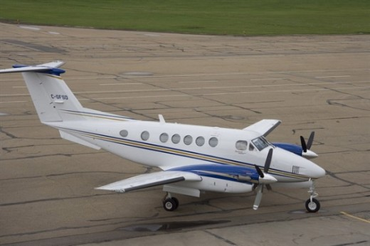Three King Airs and a Dash-8 are being sold by the Alberta government.