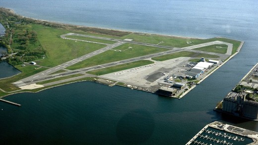 Air Canada is reconsidering service to Billy Bishop Airport