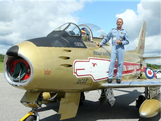 Chris Hadfield with a familiar mount. Photo by Julie Oliver, Ottawa Citizen.