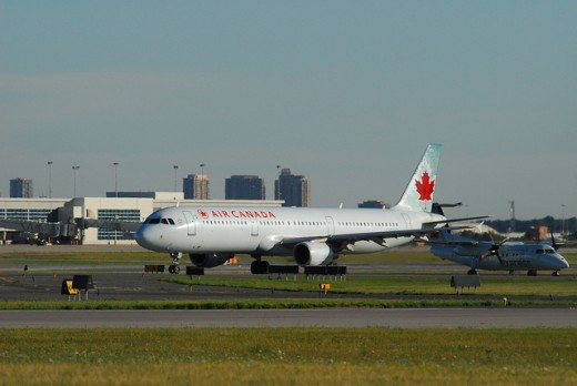 Air Canada will set up maintenance facilities in Winnipeg.