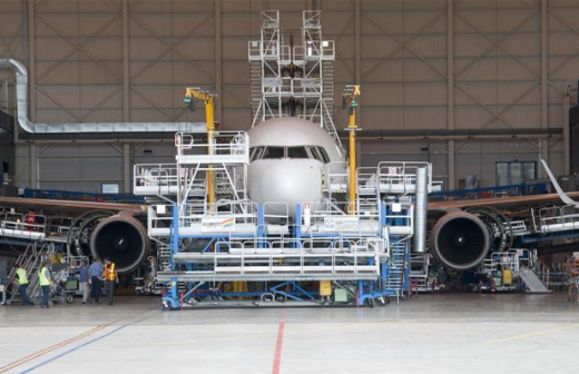 A bill to relieve Air Canada of Canadian maintenance requirements has passed the House.
