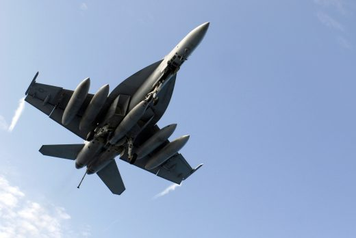 Canada may buy 18 Super Hornets to fill holes in its fighter defence coverage