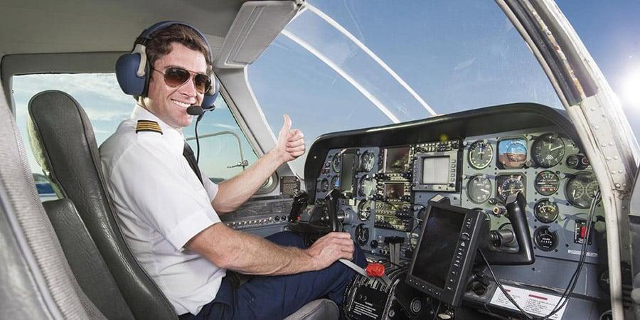 pilot shortage gets parliament s attention canadian aviator magazine