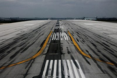 Near Collision on Pearson Runway Investigated